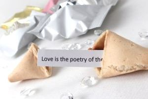 wedding fortune cookies with wedding quotations inside